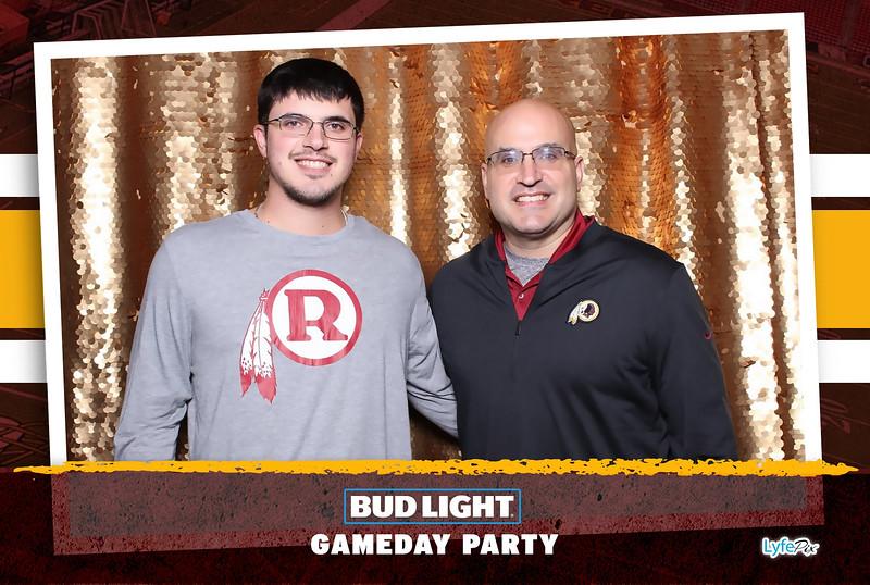 washington-redskins-philadelphia-eagles-football-bud-light-photobooth-20181203-184606.jpg