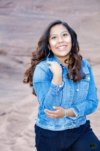 Tanelle Senior Pix