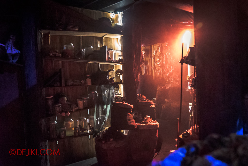 Halloween Horror Nights 7 Behind the Scenes: A Tour Inside HEX haunted house, Spaces