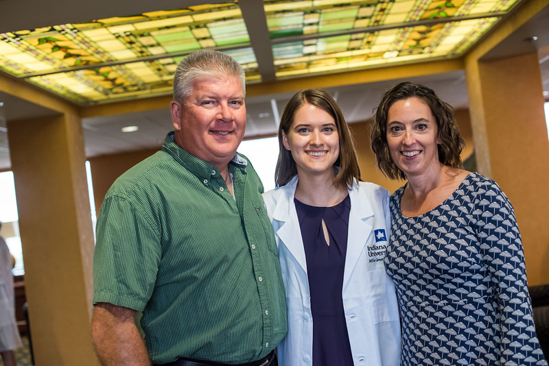 MS In Genetic Counseling White Coat Ceremony -3280.jpg