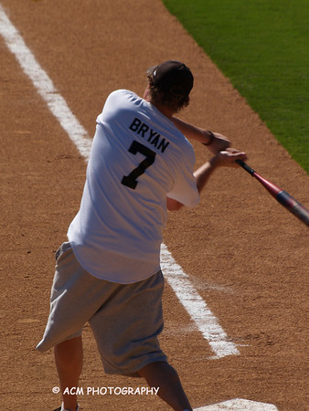 Louie's Kids Celebrity Softball Game Oct 1, 2011