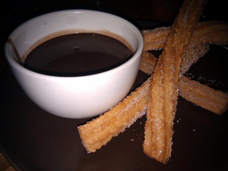 Contigo - Chocolate Caliente con Churos