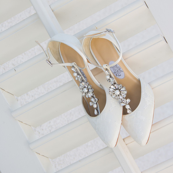 designer_wedding_shoes_image_parris_photography.jpg