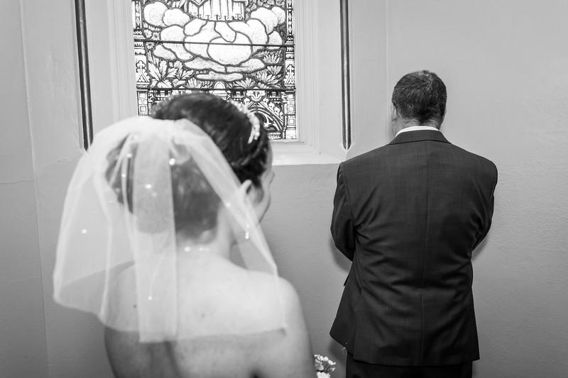 Jennie & EJ Wedding_00154-BW.jpg