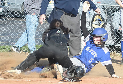 Midview beats EC to close out perfect weekend at Elyria Softball Classic