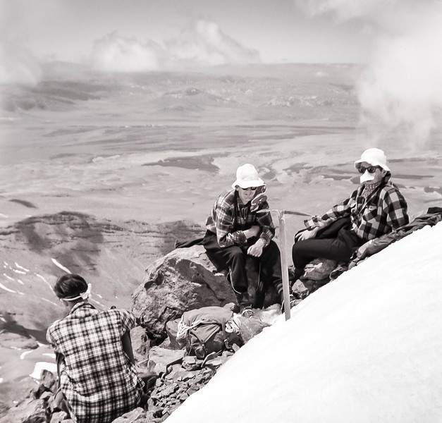 1951 Mt Ruapehu climbing with XXX, Peter Ainsworth and XXX.jpg