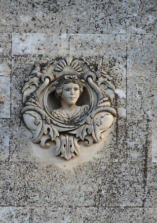 Carving, Ostuni.jpg