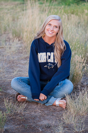 2015Senior_Slideshow-2781