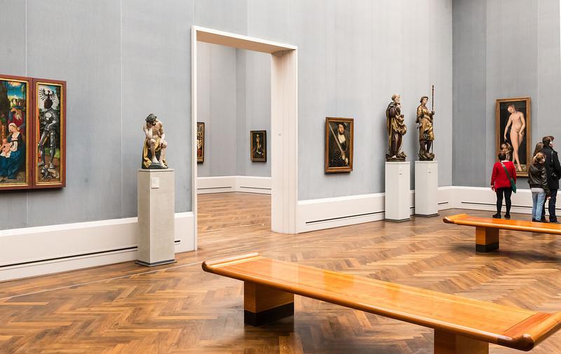 Christus von H. Leinberger und Heilige aus Bayern in Raum III (Baldung Grien, Cranach) [Gemäldegalerie Berlin]