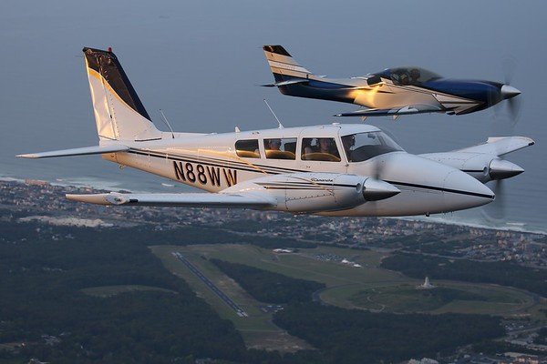 """1971 Piper PA-39 """"Twin Commanche"""", Norfolk, 22May21"""