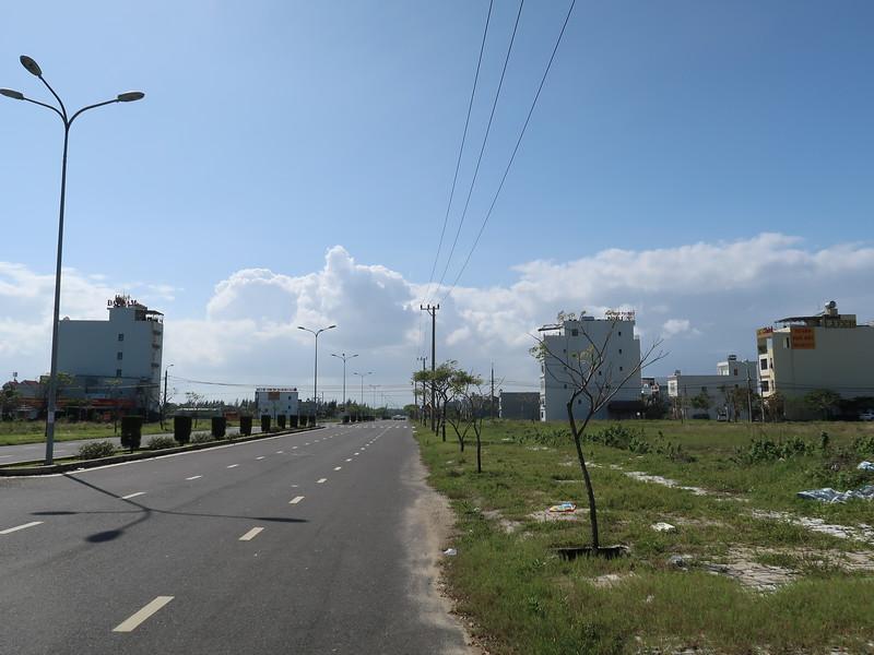 IMG_5737-empty-lots-vo-qui-huan.JPG