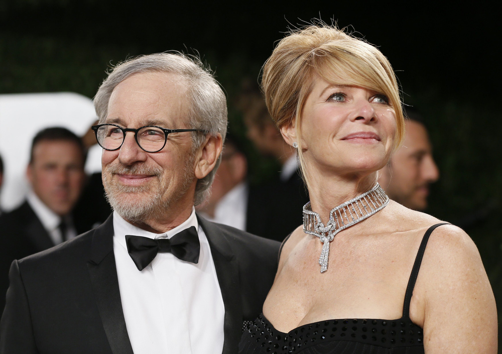 Description of . Director Steven Spielberg and wife Kate Capshaw attend the 2013 Vanity Fair Oscars Party in West Hollywood, California February 25, 2013.  REUTERS/Danny Moloshok