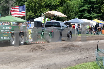 Forest City Truck Pull 2015
