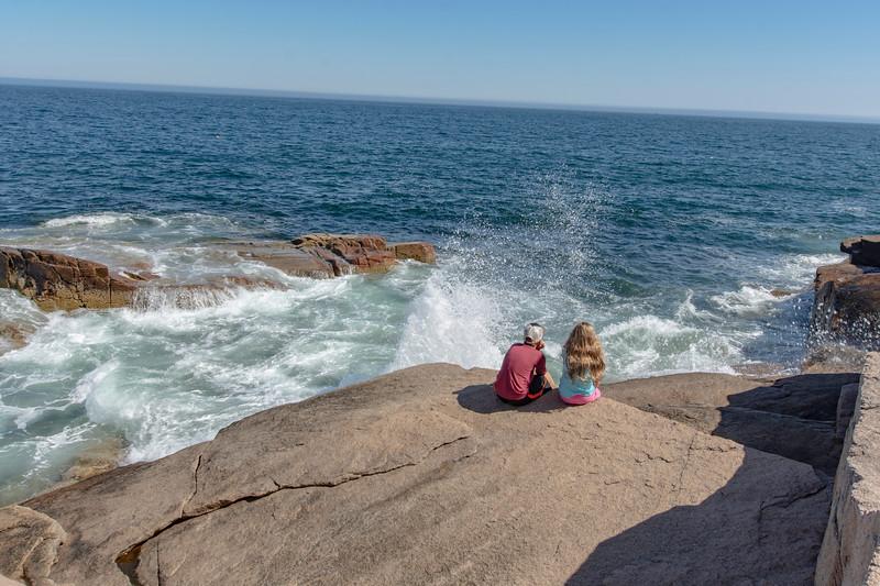 Grace-Elijah-Acadia-rocky-shore4.jpg