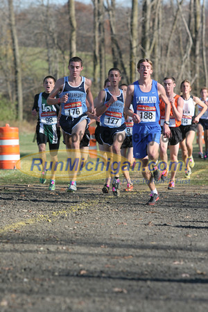 Boy's D1 at 1.6 Mile Mark - 2011 MHSAA LP XC Finals