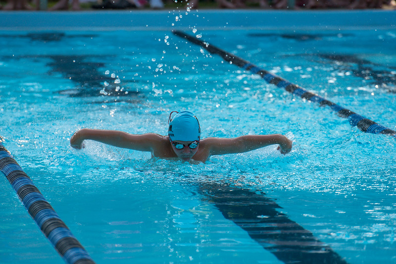 lcs_swimming_kevkramerphoto-067.jpg