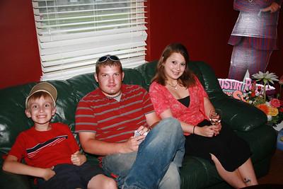 Lindas Family