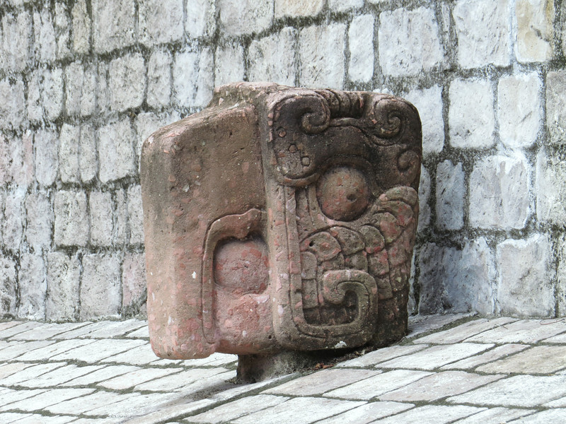 "Stylized Macaw head used as the ""goal"" in Maya sport"