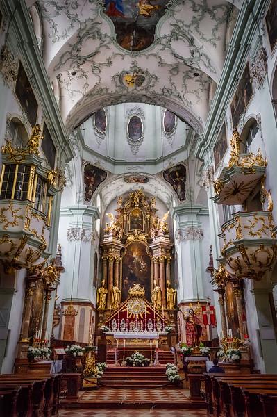 Stiftskirche-Sankt-Peter-4.jpg