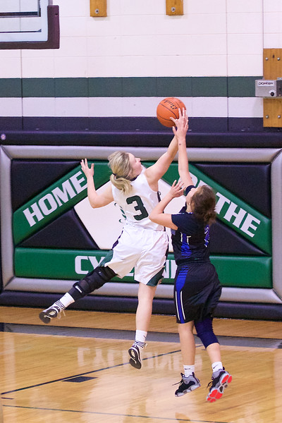 '17 Cyclones Girls Basketball 437.jpg