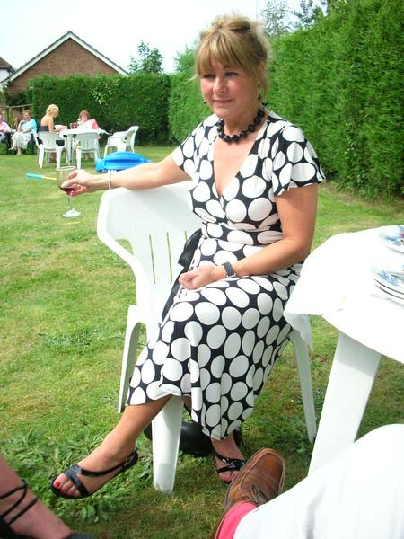 Debbie40th25June06 25-06-2006 15-54-57 25-06-2006 15-54-57.JPG