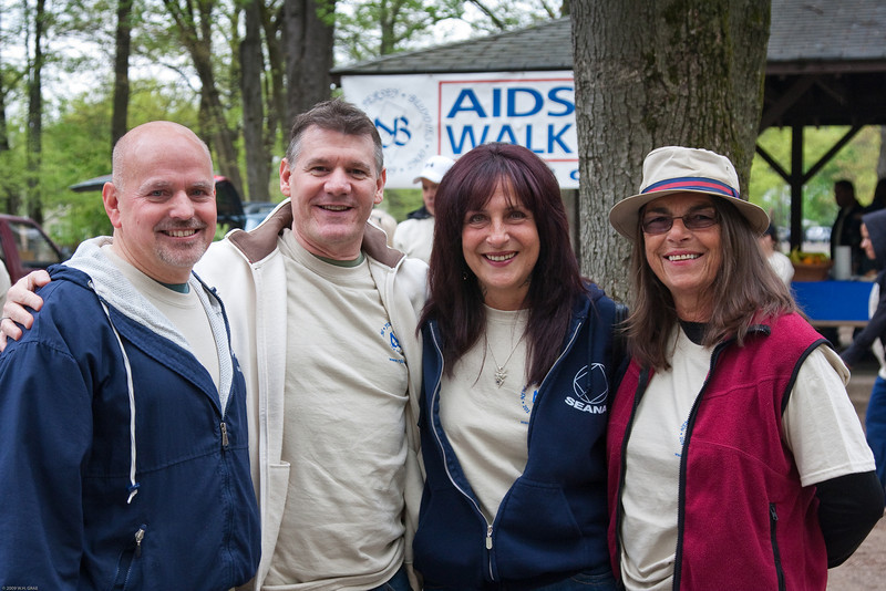 (1) Pslip Slug #: W 00020181; (2) Ridgewood, NJ; (3) 05/02/09; (4) AIDS Quilt Displayed at 11th Annual Rigewood AIDS Walk on 5/2/2009; (5) (L-R) NJ Buddies Executive Director Steve Scheuermann, NJ Buddies AIDS Walk Chairman Mark Anderson, NJ Buddies Board of Directors Vice Chairperson Darlene Isabella and NJ Buddies Medical Case Manager Susan Stoveken at the start of the Eleventh Annual NJ Buddies AIDS Walk on 5/2/2009; (6) W.H. Grae for the Ridgewood News.