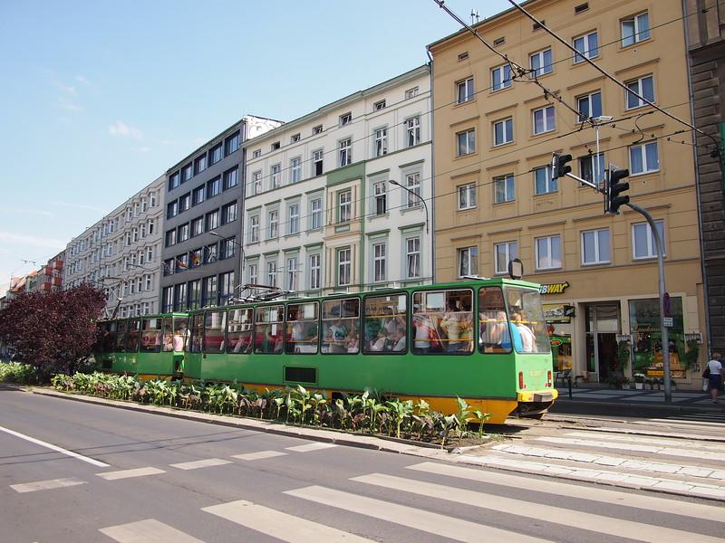 P7084002-old-tram.JPG