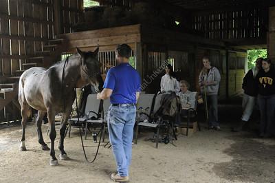 25410 Carolyn Petito WVU students with horses