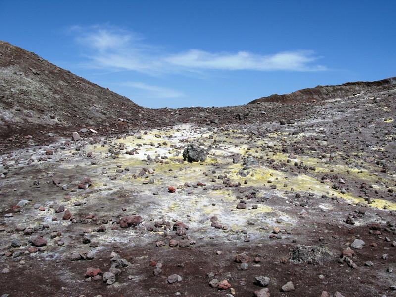 Sulphur field Mt Etna.jpg