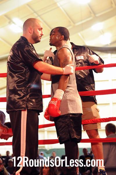 Bout 2 Justin Johnson, Pittsburgh -vs- Samuel O. Quinones Jr, York, PA, Lightweight