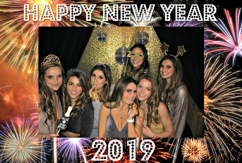 New Years 2019 Photobooth Pics (116).jpg