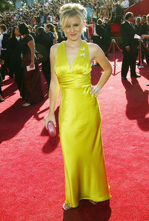 . Kristin Bell attends the 56th Annual Primetime Emmy Awards at the Shrine Auditorium September 19, 2004 in Los Angeles, California. (Photo by Frederick M. Brown/Getty Images)