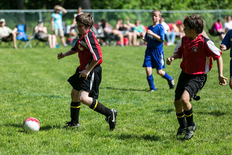 amherst_soccer_club_memorial_day_classic_2012-05-26-00296.jpg