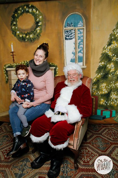 Pictures with Santa @Earthbound 12.1.2018-051.jpg