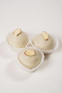 Michelles-Cake-Balls-001