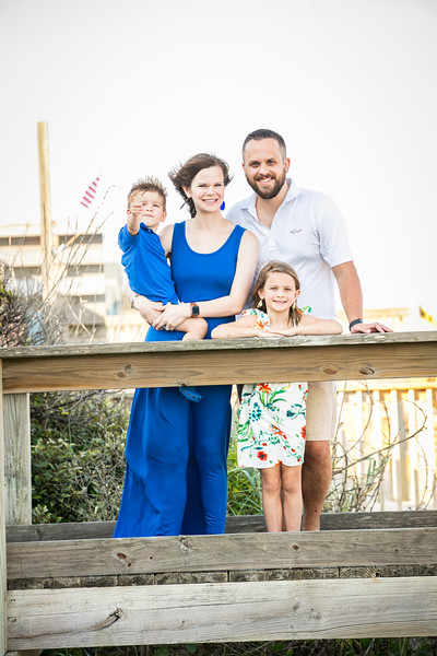 Topsail Island Family Photos-88.jpg