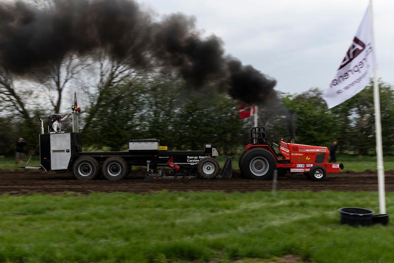 28-04-2018 Tractor træk  074.jpg