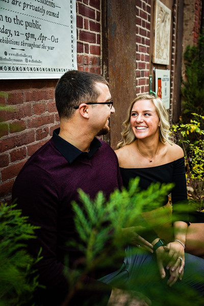 MICHELLE AND NICK - OLD CITY ENGAGEMENT SESSION - 19.jpg
