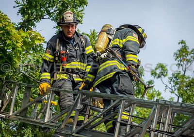 Lowell, MA 2nd Alarm - IAO 725 Lawrence St - 9/27/16