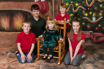 Bab's Family Christmas Pictures.