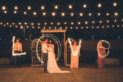 Hooiser Grove Barn Wedding Photographer, Streamwood, IL | Jamie & Ben