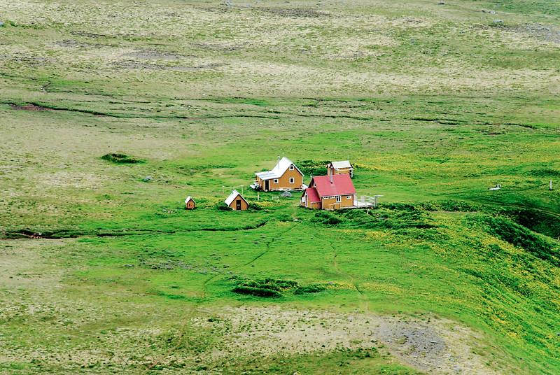 Hlöðuvík. Búðir. 2011.