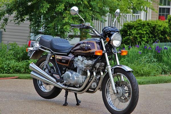 1981 Honda CB75K DOHC Our First Vintage Bike