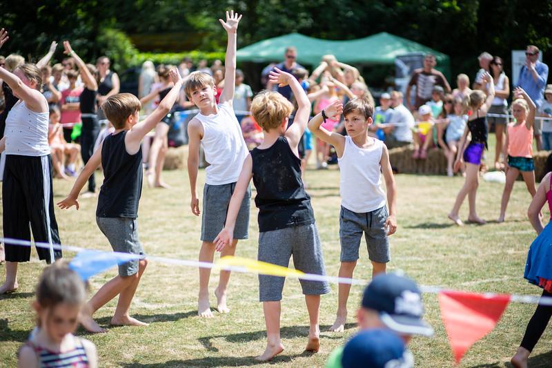 2018 - St  James Summer Fair 018