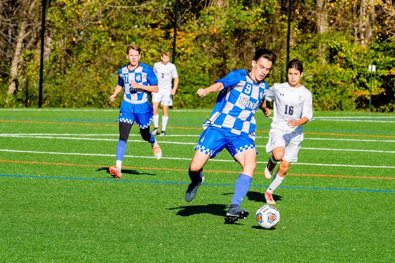 TCS Varsity Soccer 2019-3793.jpg