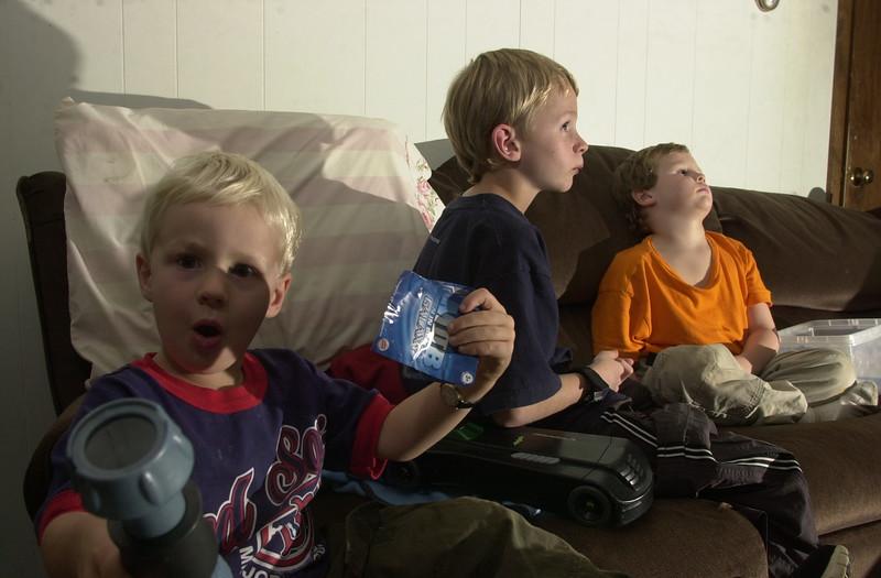 kids boys 2002rrd36.JPG