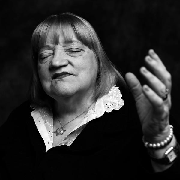 #Betty - 72 años