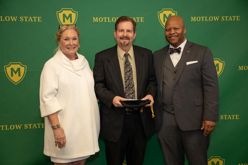 Faculty Excellence Awards-6932.jpg