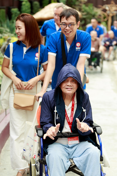 VividSnaps-Extra-Space-Volunteer-Session-with-the-Elderly-007.jpg