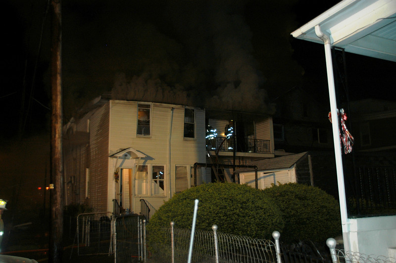MOUNT CARMEL HOUSE FIRE 5-2-2010 004.JPG